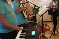 Band02
